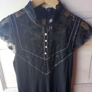 FREE PEOPLE Lace Button Detail Top
